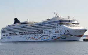 Live Cruise Ship Tracker for Norwegian Star, Norwegian Cruise Line