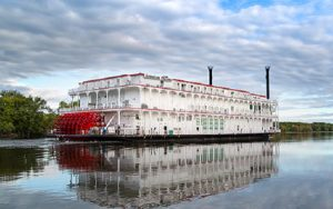 Live Cruise Ship Tracker for American Duchess, American Queen Steamboat Company