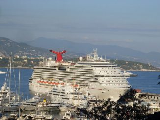 Carnival Breeze Cruise Ship Tracker App, vessel tracker by name and live cruise ship positions Carnival Cruises