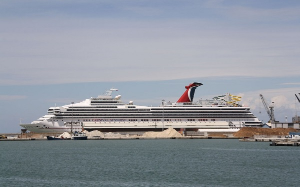 Carnival Sunshine Cruise Ship Tracker App, vessel tracker by name and live cruise ship positions Carnival Cruises