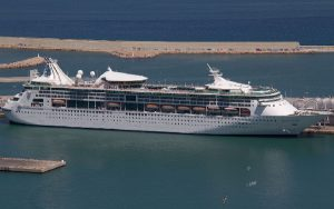 Live Cruise Ship Tracker for Grandeur Of The Seas, Royal Caribbean Cruise Line
