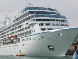 Live Cruise Ship Tracker for MS Insignia, Oceania Cruise Line