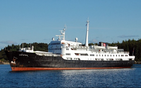 Live Cruise Ship Tracker for MS Lofoten, Hurtigruten Cruises