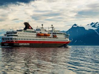 MS Nordnorge Cruise Ship Tracker App, vessel tracker by name and live cruise ship positions Hurtigruten Cruises