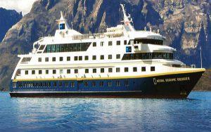 Live Cruise Ship Tracker for National Geographic Endeavour, Lindblad Expeditions