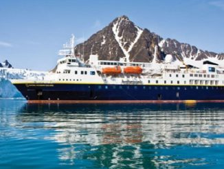 Live Cruise Ship Tracker for National Geographic Explorer, Lindblad Expeditions