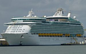 Live Cruise Ship Tracker for Navigator Of The Seas, Royal Caribbean Cruise Line