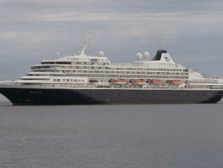 Live Cruise Ship Tracker for MS Prinsendam, Holland America Line