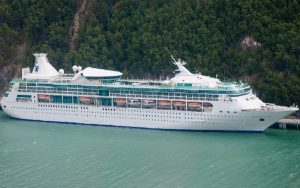 Live Cruise Ship Tracker for Rhapsody Of The Seas, Royal Caribbean Cruise Line