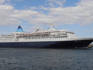 Saga Sapphire Cruise Ship Tracker App, vessel tracker by name and live cruise ship positions