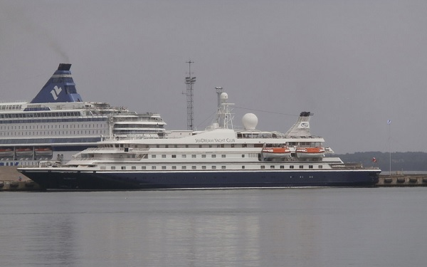 SeaDream I Cruise Ship Tracker App, vessel tracker by name and live cruise ship positions Seadream Yacht Club Cruises