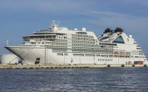 Live Cruise Ship Tracker for MV Seabourn Encore, Seabourn Cruises