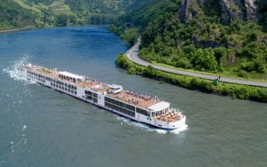Live Cruise Ship Tracker for Viking Vilhjalm, Viking Cruises