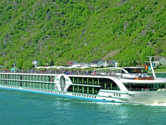 Live Cruise Ship Tracker for Amelia, Phoenix Reisen River Cruises