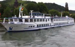 Live Cruise Ship Tracker for MS Calypso, Phoenix Reisen River Cruises