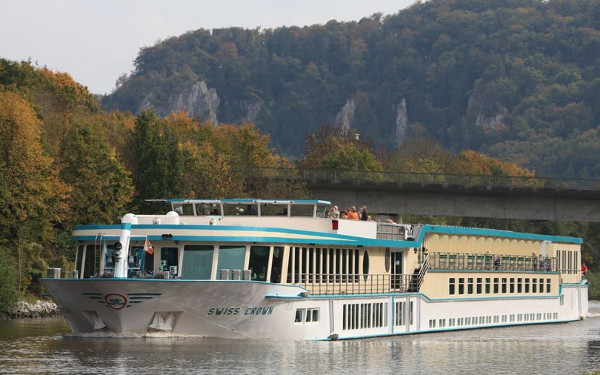 Live Cruise Ship Tracker for MS Swiss Crown, Phoenix Reisen River Cruises
