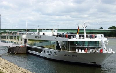 Live Cruise Ship Tracker for Scenic Jade Scenic Luxury Cruises and Tours