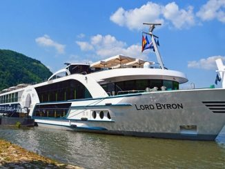 Live Cruise Ship Tracker Scylla Cruises MS Lord Byron