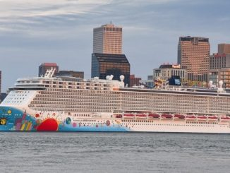 Norwegian Breakaway Live Cruise Ship Tracker